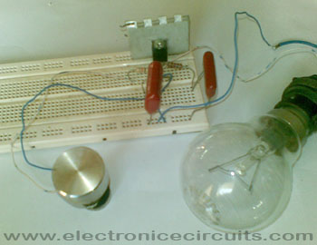 filament light dimmer using bt136 triac DB3 diac