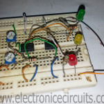 Car 12V battery status indicator circuit