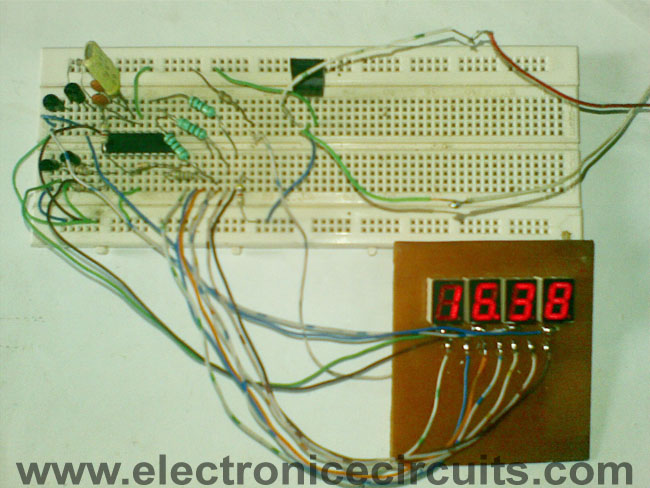 pic f hour digital clock circuit and programming pic 16f84 pic16f84a 12 24 hour digital clock