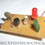 Radio frequency LED Output Indicator Circuit